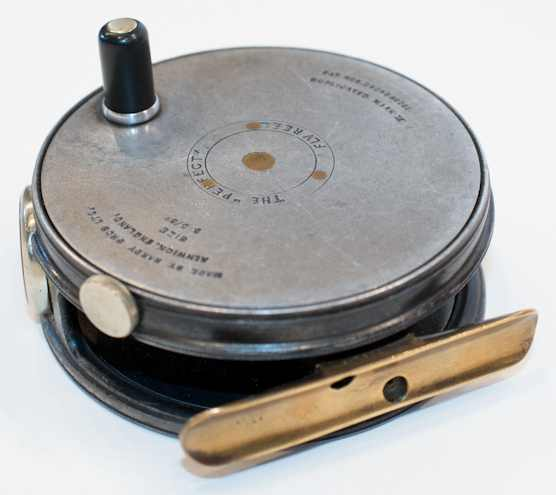 vintage fly reel requiring special reel seat